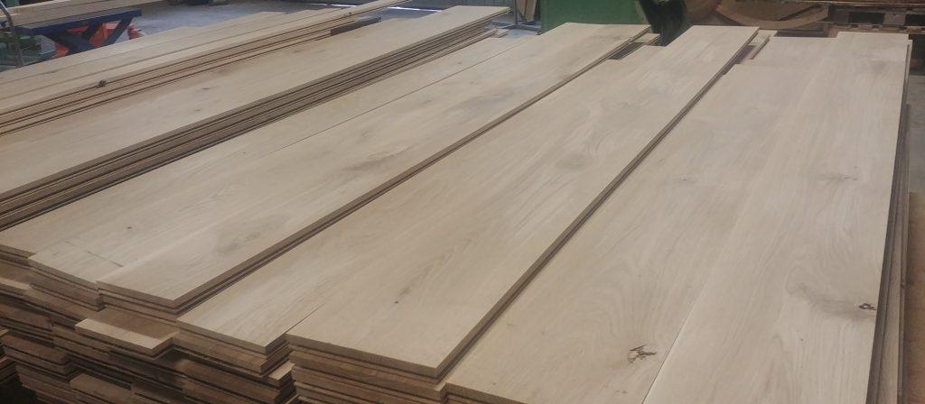 120 kvadratmeter golvplank i ek är klara för leverans.
